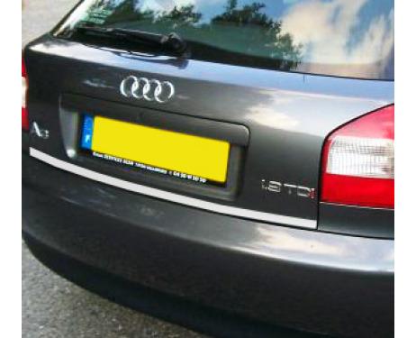 Baguette de coffre chromée Audi A3 série 1 9600