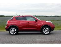 Side windows lower chrome trim Nissan Juke