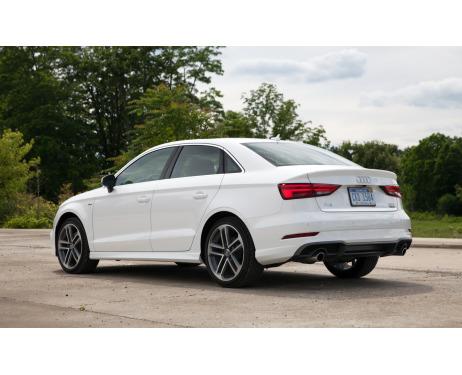 Trunk chrome trim Audi A3 Série 1 Phase 2 0003Série 3 Limousine 1316Série 3 Phase 2 1620