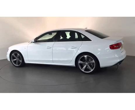 Baguette chromée de contour des vitres latérales Audi A4 série 3 phase 2 1115