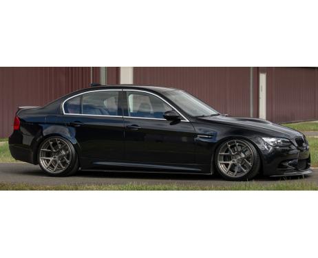 Baguette chromée de contour des vitres latérales BMW M3 E90 Berline 0708E90 Berline LCI 0811E92