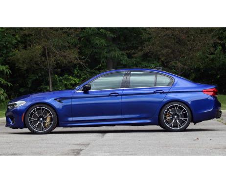 Baguette chromée de contour inférieur des vitres BMW M5